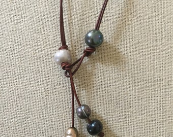 Versa pearls- freshwater pearls on leather cord