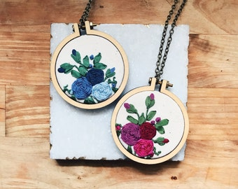 Hand Embroidered Necklace. Roses Necklace. Embroidery Pendant, embroidered pendant. Bridesmaid Gift. Mini Embroidery Hoop