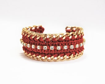 Burgundy bracelet, dark red bracelet with rhinestones and chunky chain, crochet bracelet, marsala
