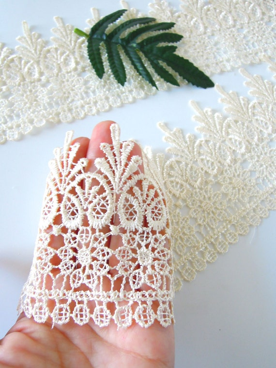 Cream bridal venise lace - Ivory colour 4 inch wide trim - Ecru venise fine lace for wedding cake, lace crowns and lace jewellery