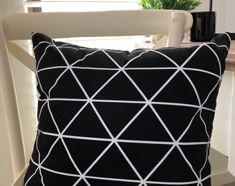 Cushion white Triangle