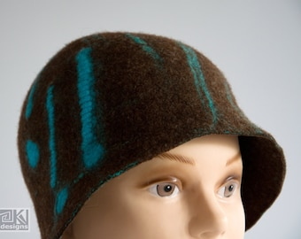 Brown cloche hat, Chocolate brown hat, felted bown hat, Brown and Turquoise, Wool flapper hat, hand felted hat, wet felted hat