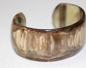 Gorgeous Vintage Brown Beige Tan Plastic Cuff