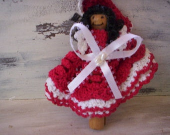 Wood pin doll/Folk art doll/Wood doll with outfit/Doll with crochet dress/Woman doll/Girl doll/Handmade doll/Vintage doll/Doll with dress