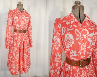Vintage 1970s Dress - 70s Red Floral Dress, Large Plus Size Dress, Hippie Boho Dress with Matching Belt, Novelty Print Dress