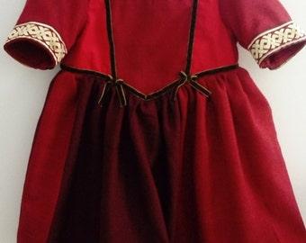 Ecofriendly medieval princess dress
