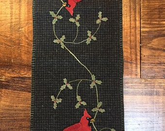 Cricket Street Wool - Applique Pattern - Holiday Visitor