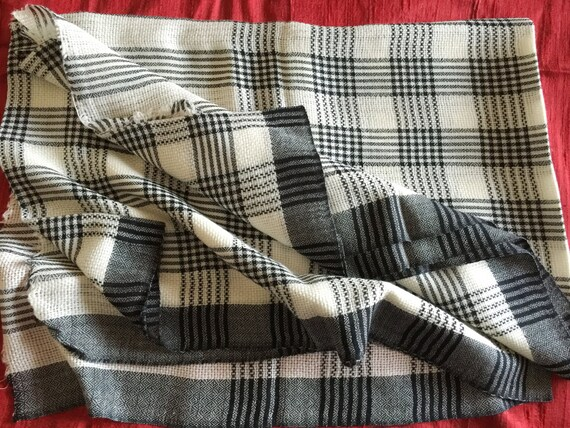 Plaid Scarf Shawl Wrap in white with black line checks all over the body. An all-season wear in pure wool.