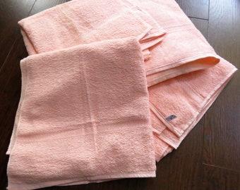 NOS Set of 4 Vintage Cannon Peach Cotton Towels