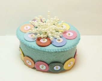 Pastel Oval Gift Box Made for the Queen