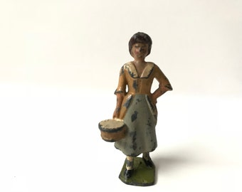 Britains Farm Lead Toy Soldiers Farmers Wife Lady with Pail