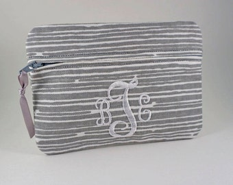 Monogrammed Clutch Bag In The Fabric/Color You Want! Bridesmaid clutch, Monogrammed makeup bag, Make Up Bag, Cosmetic Bag, Personalized Bag