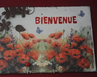 """table in Slate, theme """"poppies"""""""