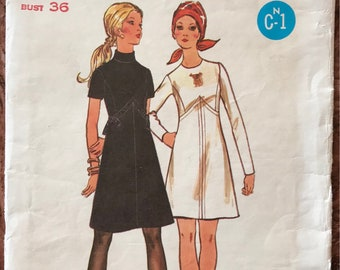 Butterick 1970's Pattern # 5942 - Fitted A-Line Dress, Raised Waist, Princess Seams - 2 Versions - Size 14, Bust 36""