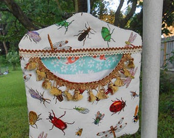 Summer IT'S a BUG'S Life Cotton Clothespin Bag Fresh Air Line Drying Tassels Rick Rack Trim Roomy Pocket Sturdy Handmade, Pinch Pegs Hanger