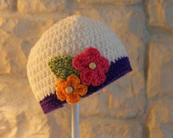 Child girl's hat with flowers and beads