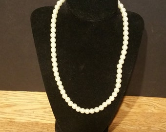 Single Strand Pearl Necklace 18 inches