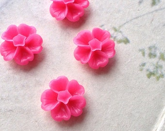 13 mm Hot Pink Morning Glory Resin Flower (.ss)