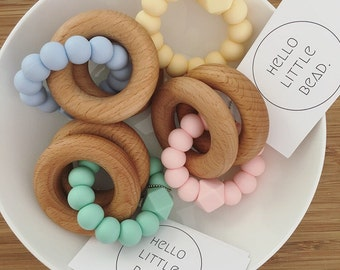 CLASSIC Teether Pastel - Baby Teething Toy - Wooden Teether - Silicone and Beech Teething Toy - Modern Baby Rattle