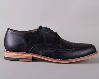 Wingtip (Black)