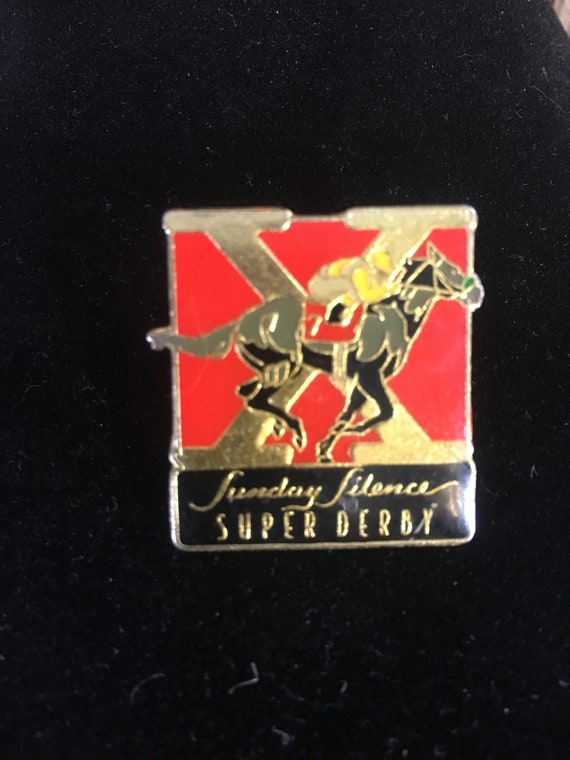 Vintage enamel horse racing pin back, Sunday Silence pin, Super Derby pin back, vintage 80's horse racing memorabilia, Sunday Silence