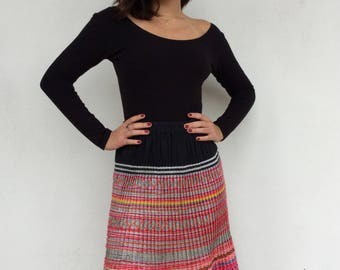 Colorful 70s festival Hmong ethnic multicolored pleated accordion skirt