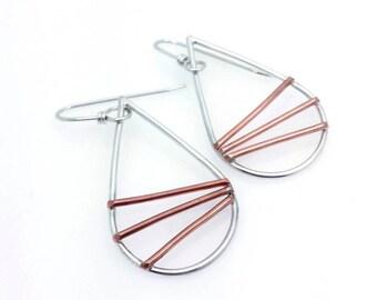 mixed metal jewelry | geometric jewelry | teardrop earrings | minimal earrings | minimalist jewelry | boho chic | silver earrings | modern