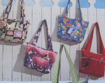 Simplicity 3822 -- Crafty Bags -- Design your own bag one-of-a-kind bag. Pattern is uncut and factory folded.
