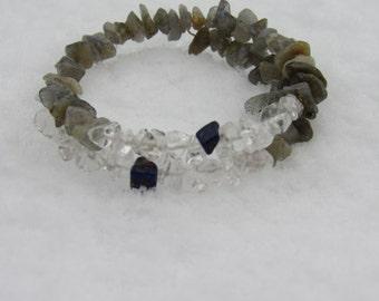 Labradorite Quartz and Lapis Lazuli Bracelet, Healing Stones Bracelet, Chakra Jewelry, Natural Gemstone Synergy Bracelet