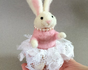 Ballerina bunny rabbit in a tutu and pearls,needle felted animals, for 1st ballet recital, art hare doll, daughter/granddaughter gift