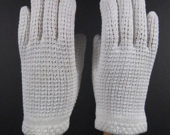 6-Vintage White Knit Gloves - 7 inches long(458g)