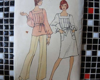 vintage 1980s Vogue sewing pattern 8457 misses dress or tunic and pants size 12