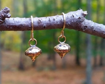acorn earrings brass acorns nature inspired metalwork earrings hanging earrings