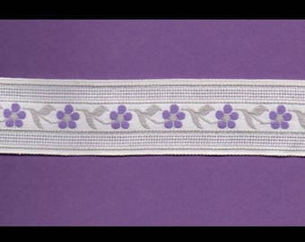 Trim off white background with small violets