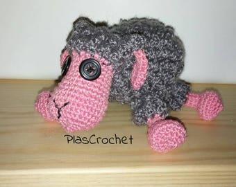 Sheep amigurumi with crochet technique. Stuffed toy. Gift birthday. Children