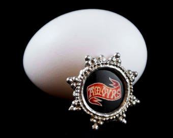 Real Goose Eggshell Pendant, AMOURS