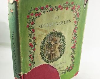 The Secret Garden. EARLY PRINTING vintage book by Frances Hodgson Burnett circa 1962. Tasha Tudor with dust jacket. Beautiful book gift