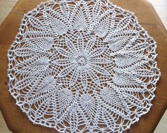 Crochet Doily in Ecru Natural Cream, Round Doily, Doily, Cream Doily, Pineapple Doily, Beige Doily