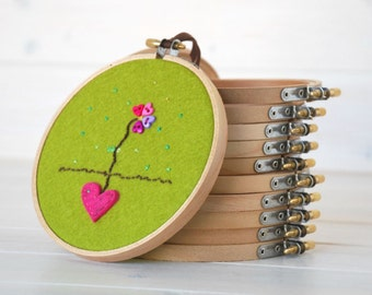 "6 - pack - 5"" or 6"" Wooden Embroidery Hoop - Embroidery Accessorie - Wooden Hoops - Needle Crafts"