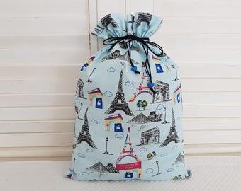 Visit Paris with the Paris Bleu pouch.