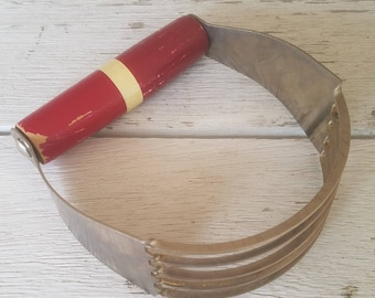 Vintage Pastry Cutter