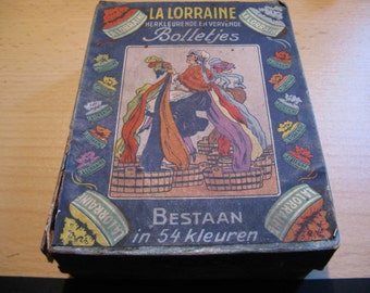 Antique box La Lorraine herkleurende and dyeing polka dot ...