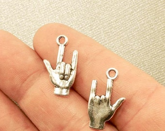I Love You Charm. 3pc Antique Silver Tone I Love You Gesture Charm 18×10mm. Human Hand Pendant. I Love You Jewelry. Signing Charm -(3-0025L)