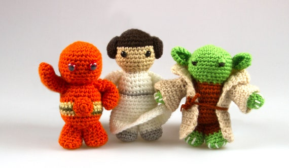 Amigurumi Star Wars Patterns : Various star wars crochet patterns leia crochet star wars toys