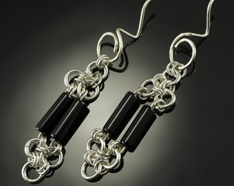 Black onyx chain maille silver earrings