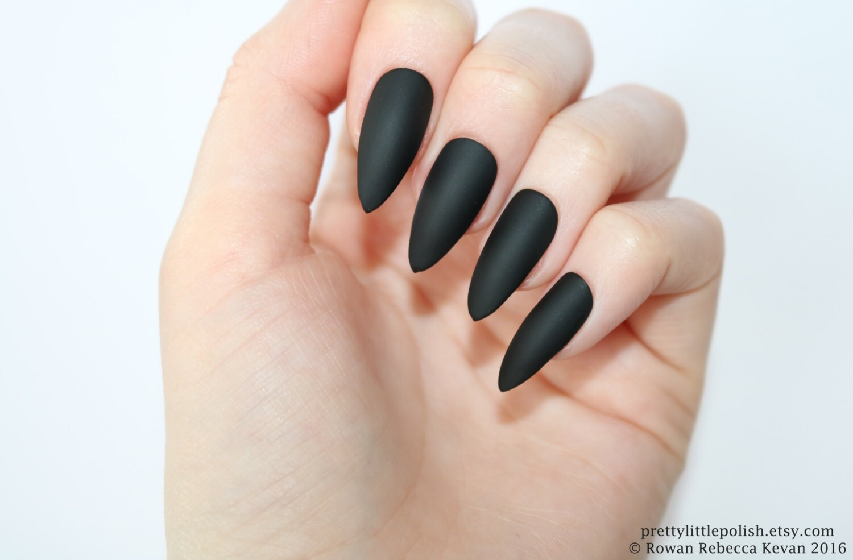Black Stiletto Nails – Fashion dresses