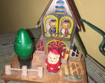 Rare Vintage Twinkle Lite Light Up Plastic Santa Putz House