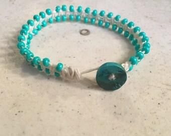 Cream Bracelet - Turquoise Seed Beads - Macrame Jewelry - Fashion - Trendy - Beaded - Turquoise Button