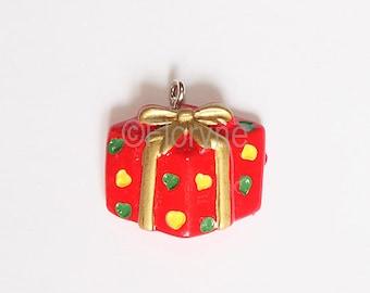 Resin charm pendant, gift package