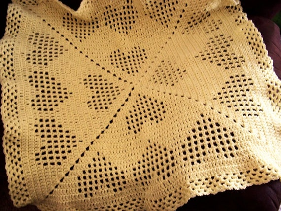 Filet Hearts Crocheted Baby Afghan Blanket 32 X 32 Pale Yellow